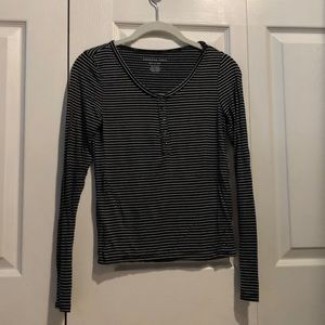 American Eagle soft and sexy long sleeve